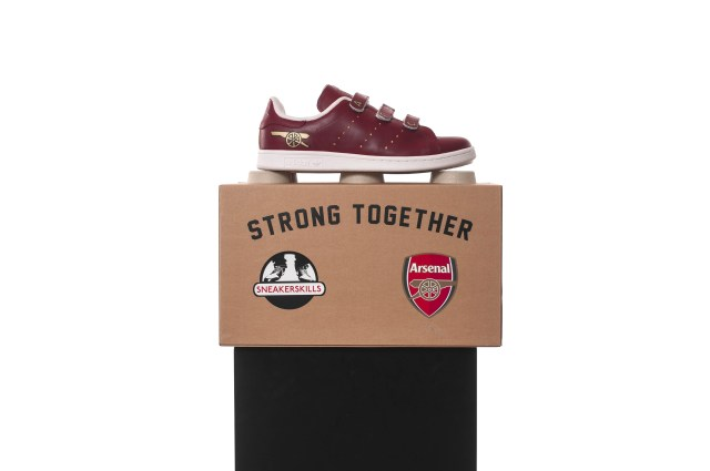 inflammable-x-sneakerskills-fc-arsenal-london-costum-gewinnspiel-17