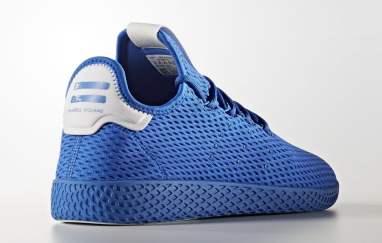 adidas Tennis Hu blue