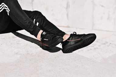 adidas-continental-80-noire-B41672-02