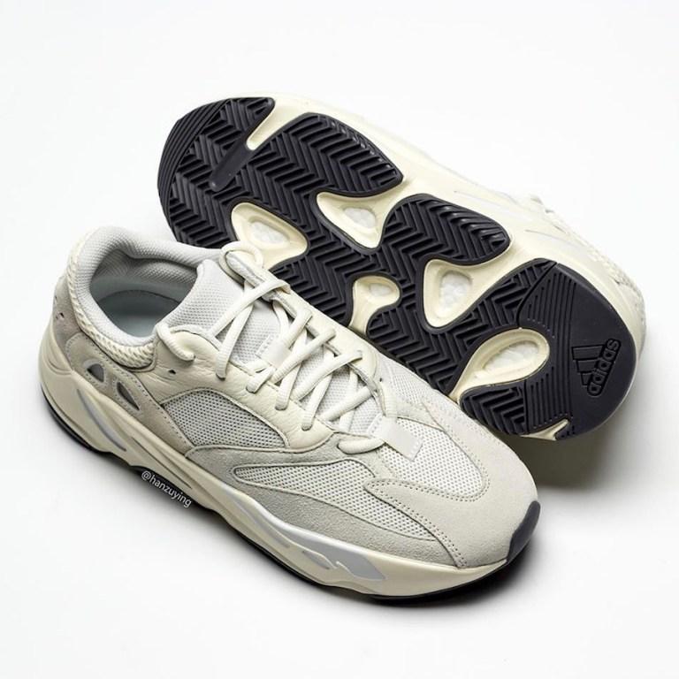 adidas Yeezy Boost 700 ''Analog''