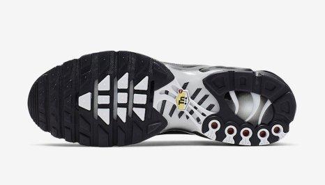Nike Air Max Plus TN SE ''Black/White''