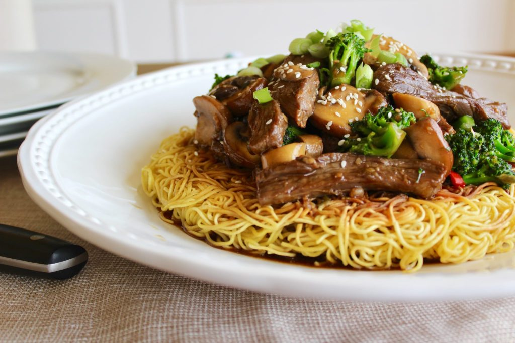 Beef chow mein sneaky mommies kid friendly recipes beef chow mein sciox Gallery