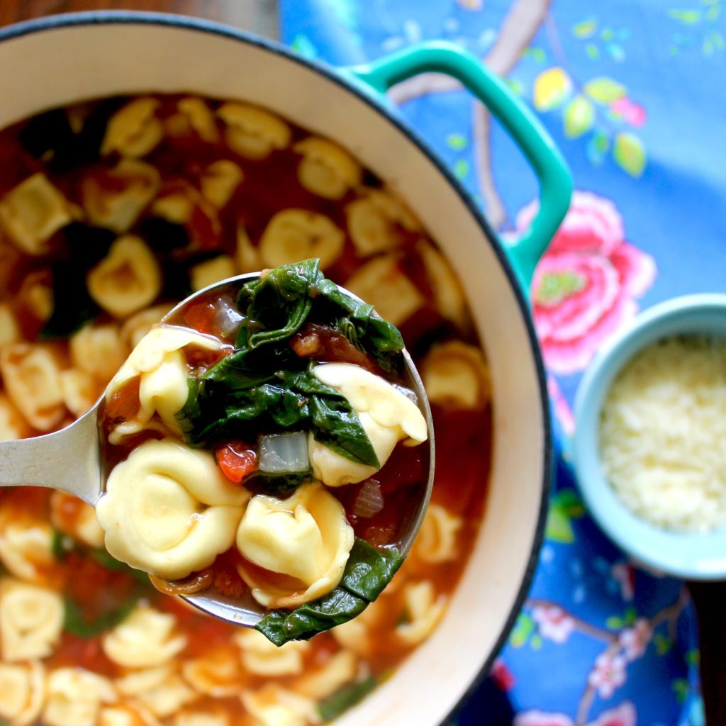 Cheese Tortellini, Spinach, and Tomato Soup