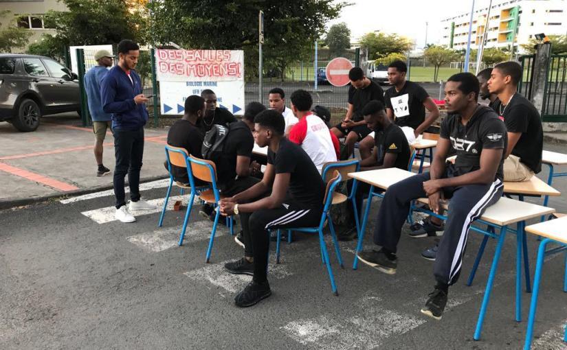 Grève des étudiants à l'UFR STAPS de Fouillole