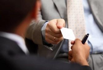 כרטיסי ביקור – האם יש צורך בהם ואיך לייצר כרטיסי ביקור מדהימים