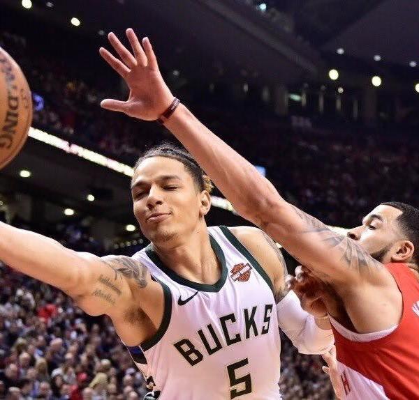 Raptors vs Bucks