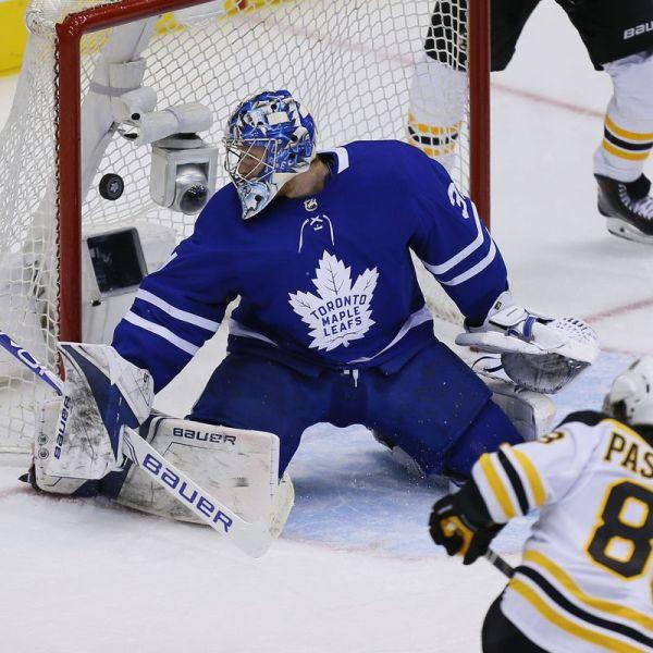 Leafs vs Bruins 4