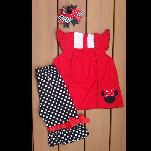 Black & Red Mouse Capri Set