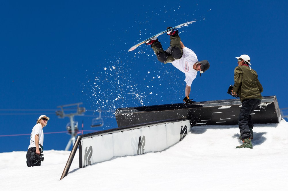 Jed Sky breaking barriers with this wallie plant to frontboard. P: Tyler Benton
