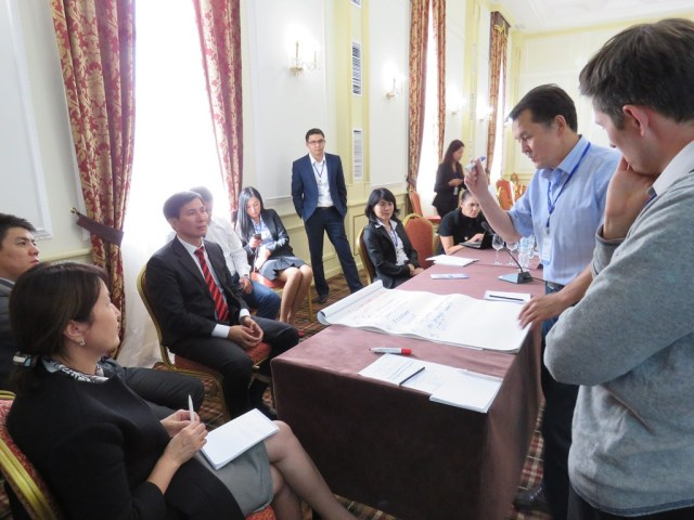 Animated discussions led to a joint strategy to combat wildlife crime in the region.