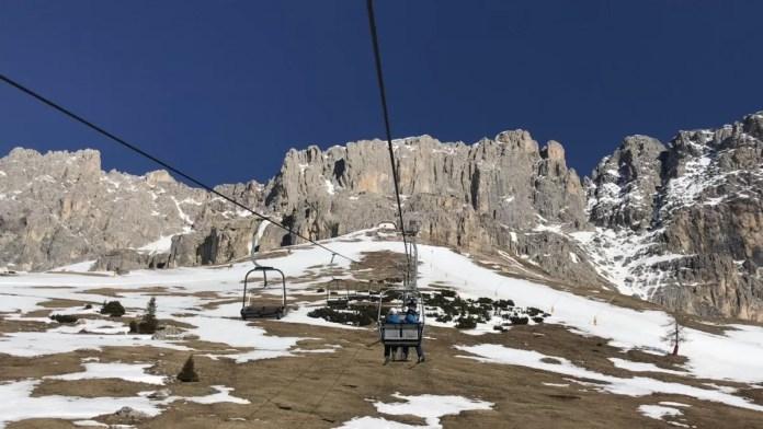 Waarschijnlijk midden in de winter nóg mooier, maar dit is toch waarom je in de Dolomieten komt skiën?