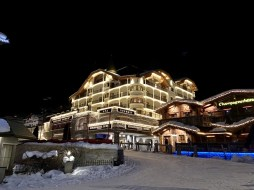 Schlosshotel en de champagnehutte