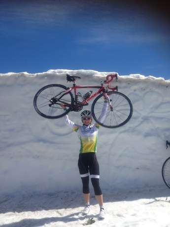 Ride to Charlottes Pass in Spring