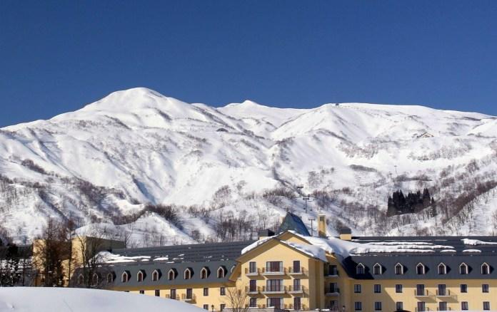 Lotte Arai ski resort