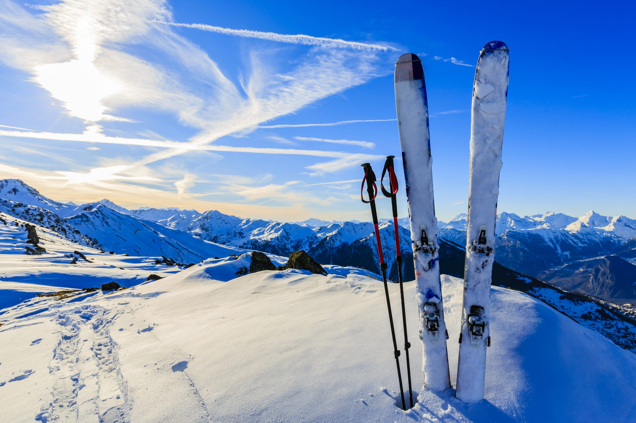 The Ultimate Guide To Buying A Pair Of Skis Snowsbest