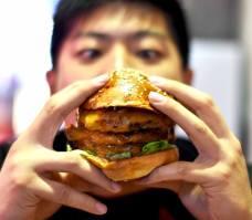 wolf burger four