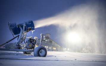 mbar snowmaking early morning