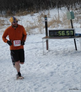 Bill Wonder winning the 2015 Minnesota State Snowshoe Championship