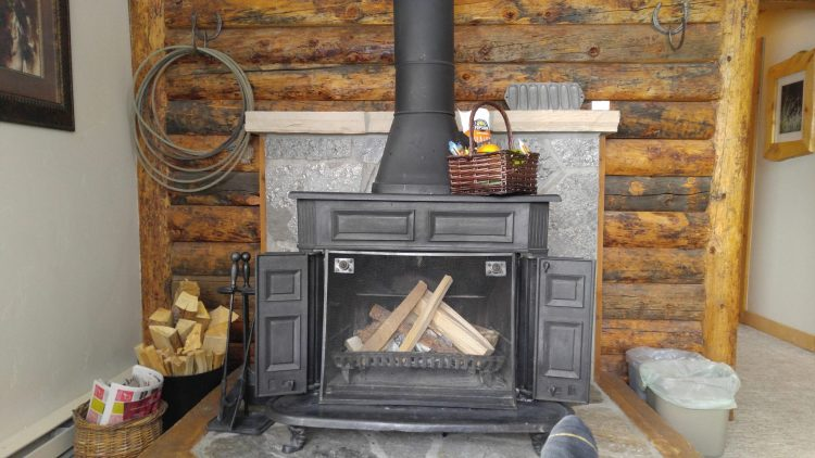 Vista Verde Guest Ranch: gorgeous fireplace in our room