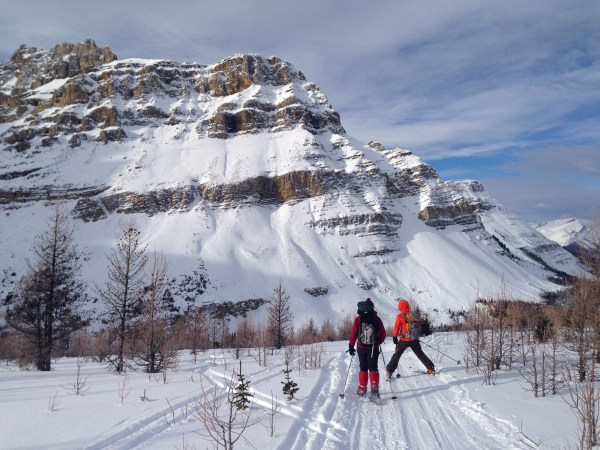 Skiing and snowshoeing into Skoki Lodge, Banff National Park