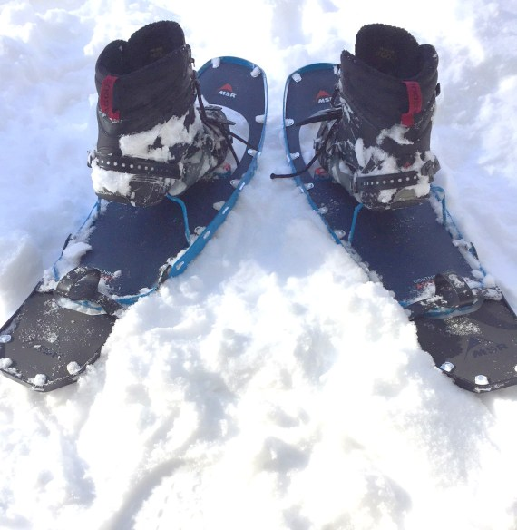 snowshoeing tips for fit: snowshoes with boots in them