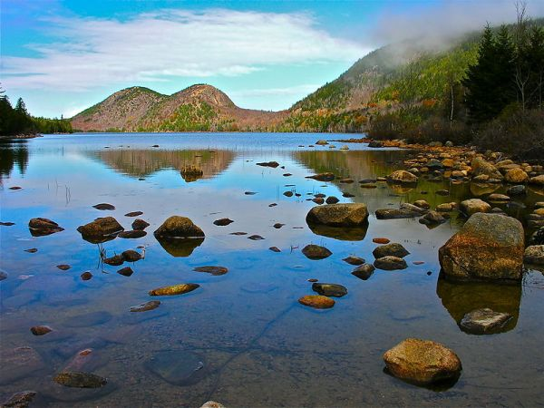 800px-Acadia_National_Park_02