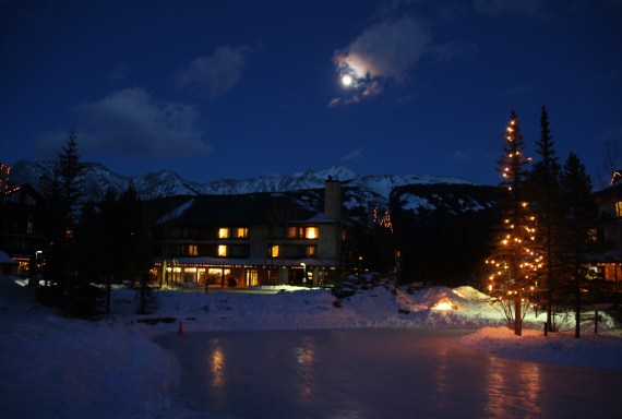 Kananaskis Village at Night (photo: Mark Koob)