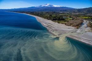 Foce dell'Alcantara ai piedi dell'Etna