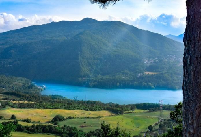 Lago suviana