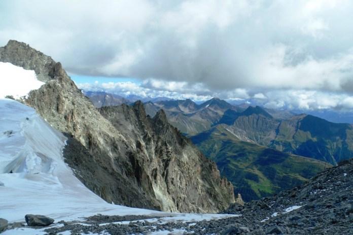 Cold Water-Ritiro del Ghiacciaio del Monte Bianco