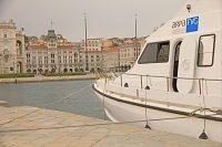 Motonave attraccata sul Molo Audace di Trieste