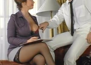 sexig mamma knullar man på hotellet
