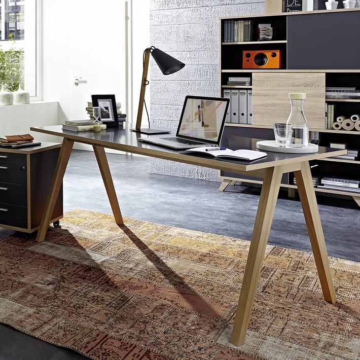 promo bureau gris avec plateau 160 x 80cm et pieds bois massif rita