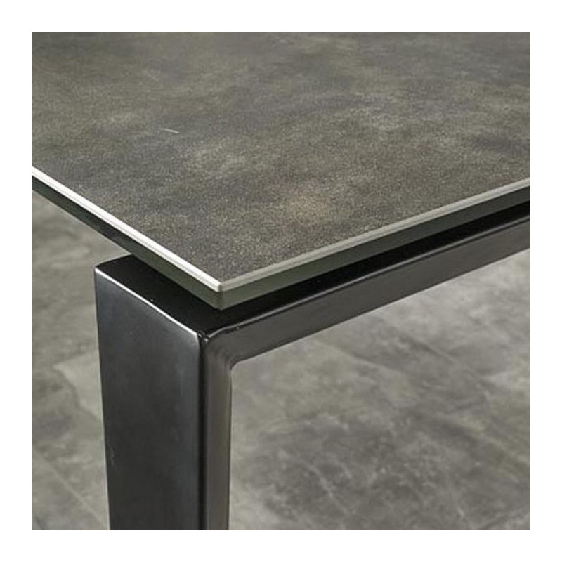 table industrielle extensible ceramique grise et noire lilas