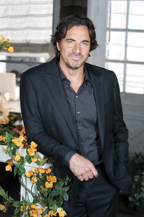 """""""The Bold and the Beautiful"""" Set with Thorsten Kaye"""