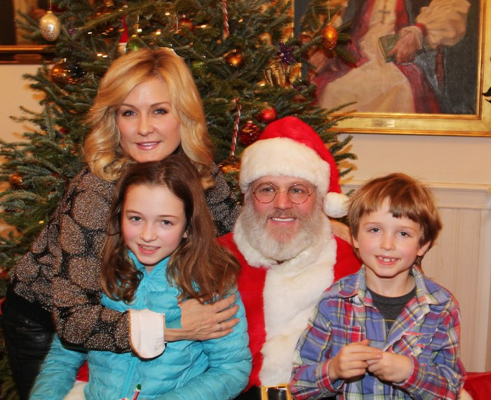 Hearts of Gold links to a better life founded by Deborah Koenigsberger celebrates Christmas with a party #3 for mothers and their children on December 22, 2016 in New York City, New York with arts and crafts, a great turkey dinner with all the goodiesand