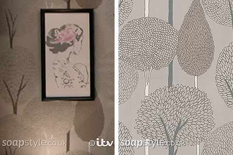 leopard print living room small decor ideas south africa rovers return pub wallpaper in coronation st - where from ...
