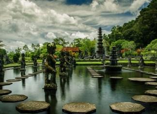 Taman Air Tirta Gangga Karangasem Sebagai Saksi Kejayaan
