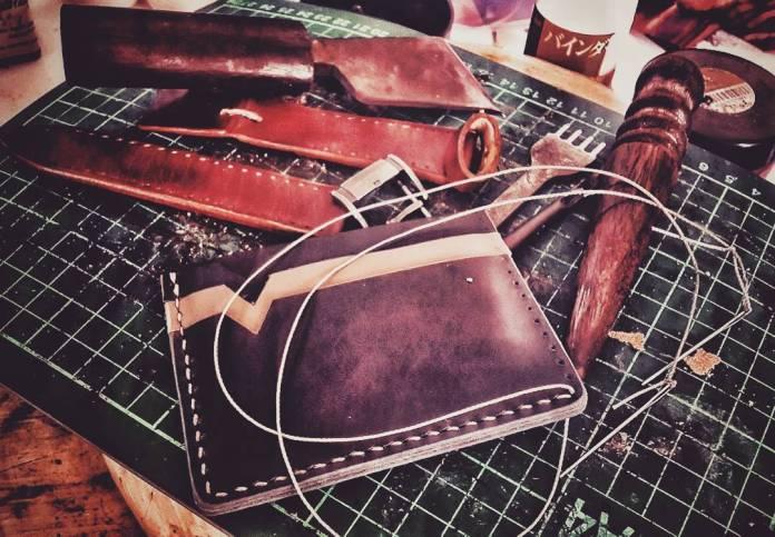 Jual Kerajinan Tangan Dari Kulit di Surabaya - Best Friend's Custom Leather ArtWork