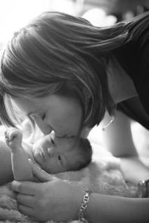 Newborn Kiss