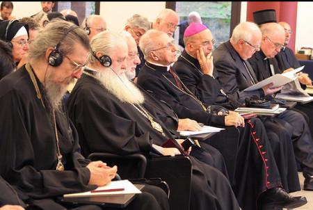 БОГОМЕРЗКОЕ БОЗЕ: на очередном экуменическом форуме еретики праздно обсудили православную духовность.