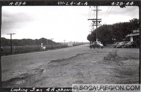 1944 view of Castaic Junction looking southerly. SR-126 enters from the right.