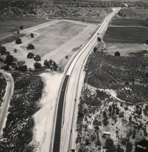 View north from Pico Canyon Road in 1949. The expressway ended here until 1951.