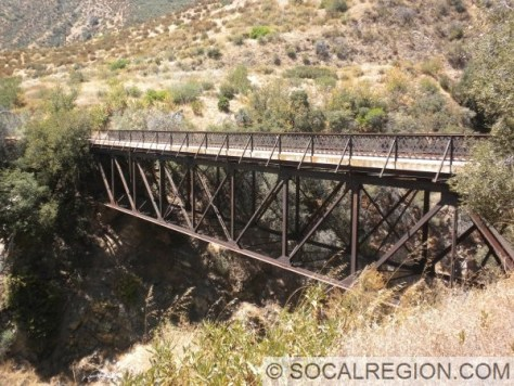 Old bridge crossing City Creek on the pre-1948 alignment. Not sure how old this structure is, but I am guessing early 1920's at the latest.