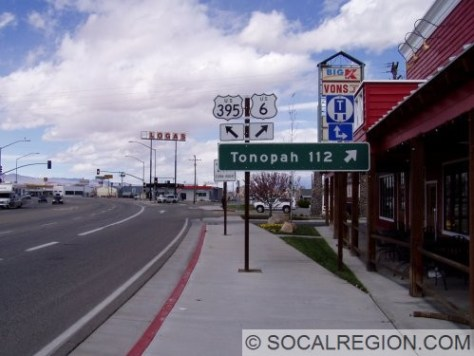US 6 / US 395 Junction. US 395 continues north from here towards Mono Lake and Bridgeport.
