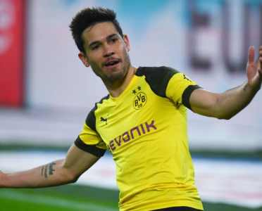 Raphael Guerreiro Close to Agreeing Contract Extension With Borussia Dortmund Until 2023