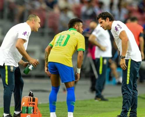 Neymar a Doubt for Champions League Fixture After Picking Up Fresh Injury on Brazil Duty