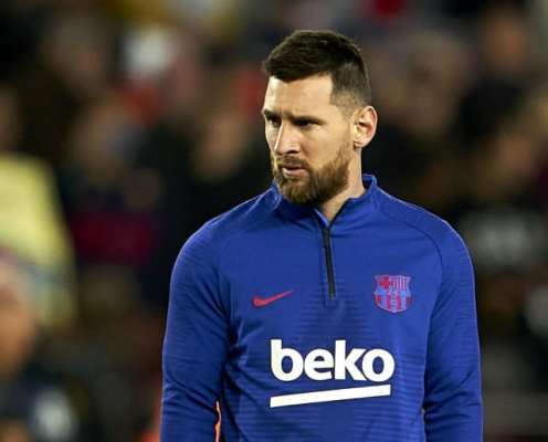 Eric Abidal Provides Update on Lionel Messi's Contract Situation at Barcelona