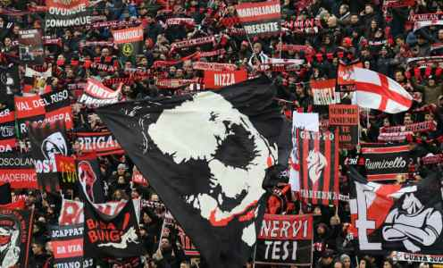 AC Milan Fan Stabbed Following Win Over Bologna in Argument Over Who Caught Player's Shirt