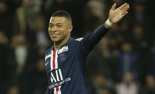 Kylian Mbappé Swerves Talk of New Deal at PSG Sparking Predictable Liverpool & Real Madrid Chatter